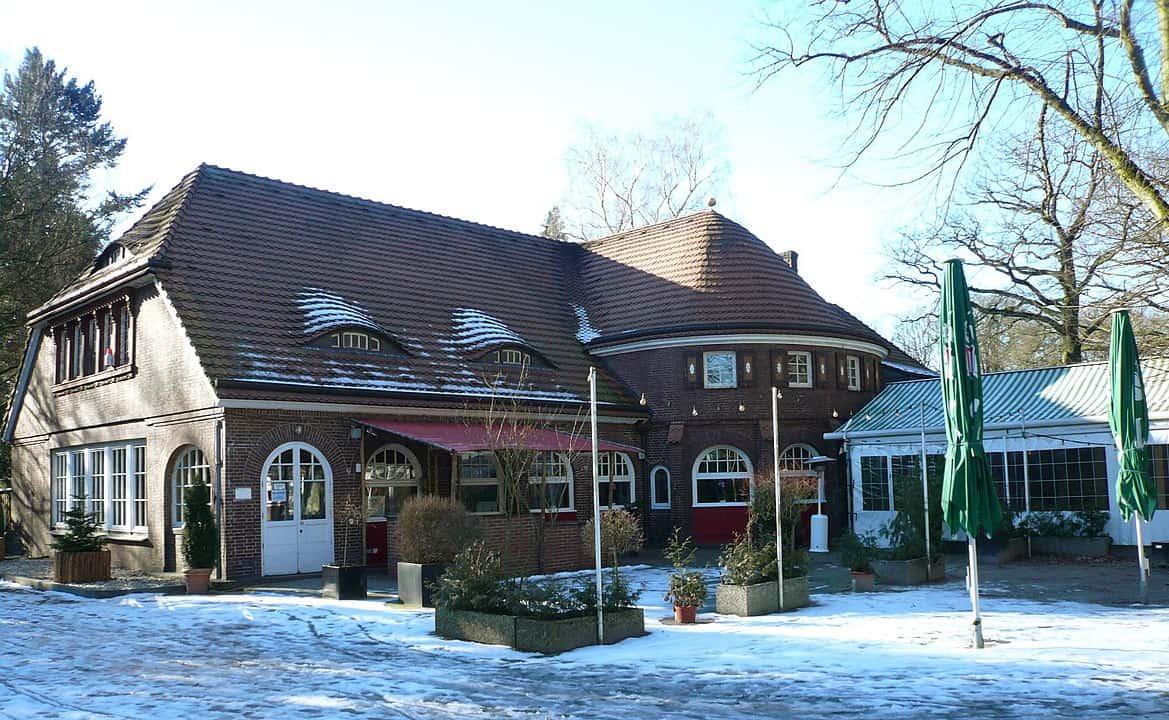 Landhaus Walter - Foto:  Wolfgang Meinhart, Hamburg - Eigenes Werk, CC BY-SA 3.0, https://commons.wikimedia.org/w/index.php?curid=9776543