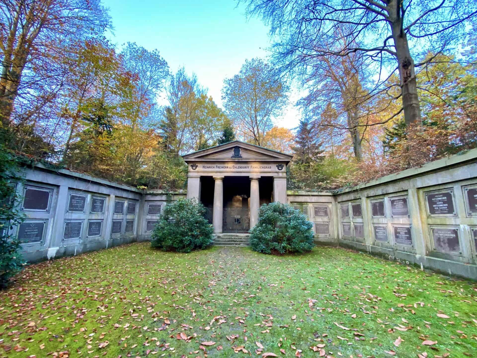 Führung Hamburg: Ohlsdorfer Friedhof - Ohlendorf Mausoleum